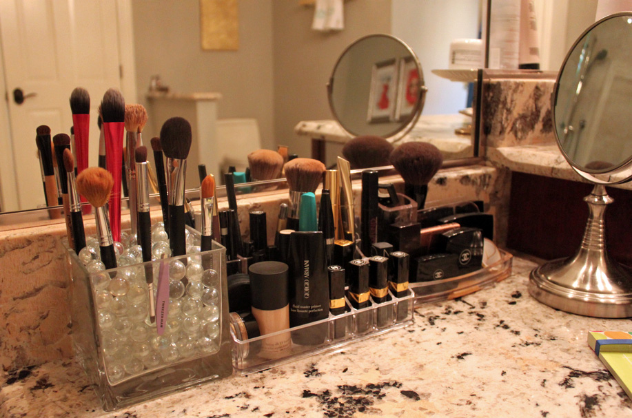 Beauty Organization The Subtle Statement. Lucite Desk And Makeup Organizers  .