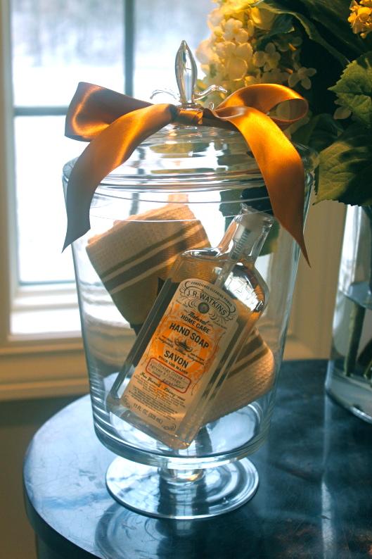 Weekend DIY: Housewarming Gift | The Subtle Statement