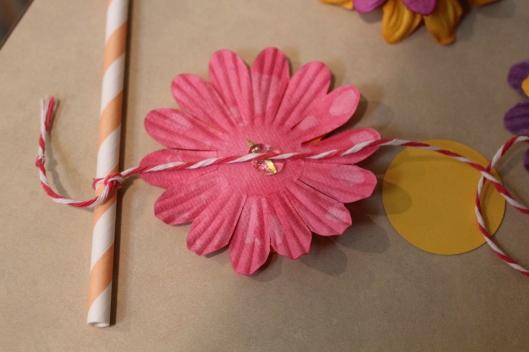 Weekend DIY: Floral Cake Topper