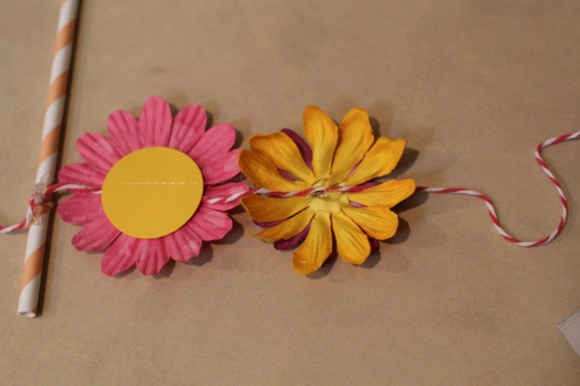 Weekend DIY: Floral Cake Topper