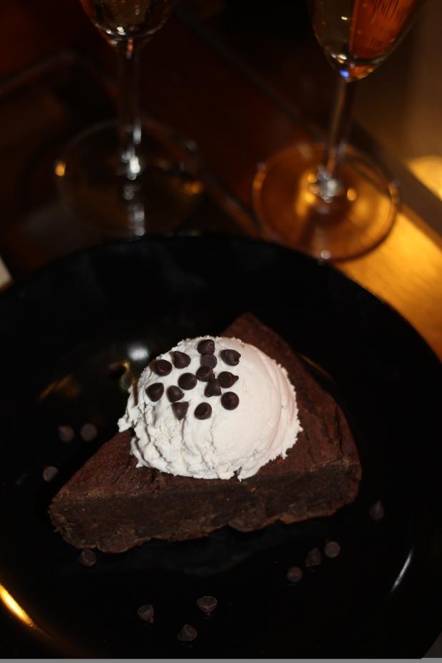 Chocolate Chocolate Chip Deep Dish Cookie Pie | TheSubtleStatement.com | vegan | gluten free | low calorie