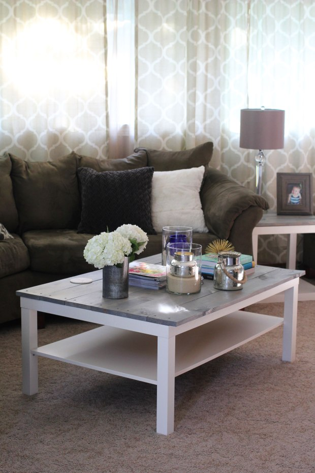 DIY: Farmhouse Coffee Table | TheSubtleStatement.com
