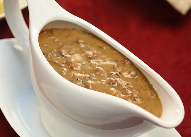 mushroom gravy.jpg